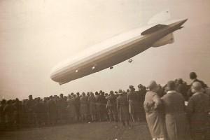 800px-ZeppelinLZ127a