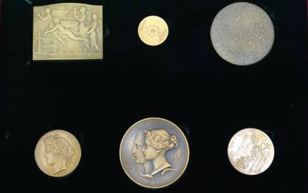 歴代万国博覧会記念銅メダルシリーズ