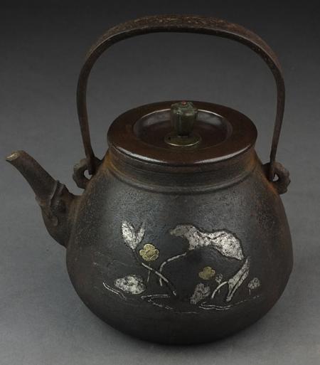 金龍堂の金銀象嵌鉄瓶の価値