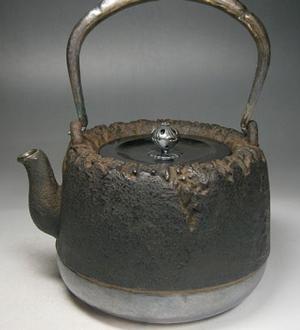 龍文堂の珍しいタイプの茶道具の価値