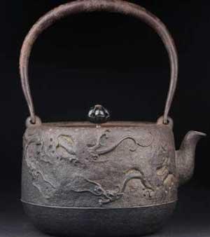 金森紹栄造の鉄瓶の価値
