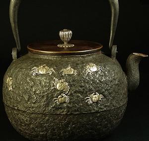 三徳堂鉄瓶の価値