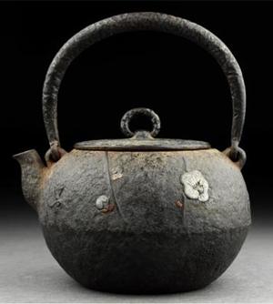 光玉堂佐藤提の鉄瓶の特徴