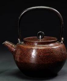 三世秦蔵六造 砲口か式 銅瓶