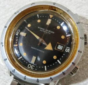 二バダ腕時計