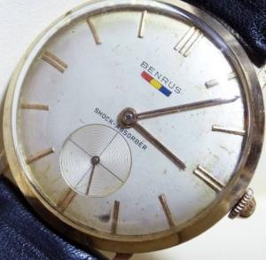 ベンラス腕時計